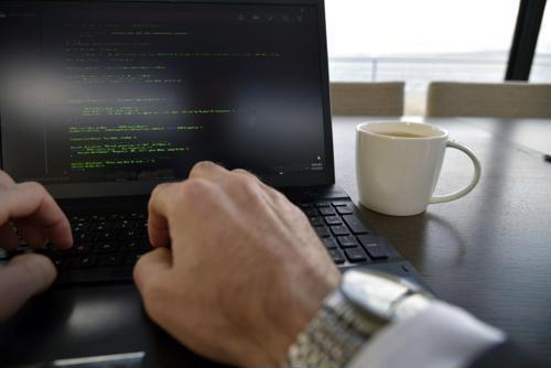 SMS API Framework: PHP vs Node.js
