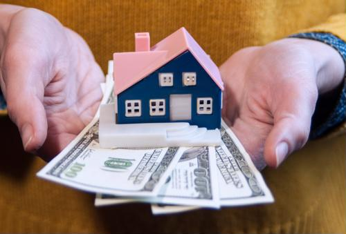 Why Mortgage Lenders Need SMS-Enabled Fintech